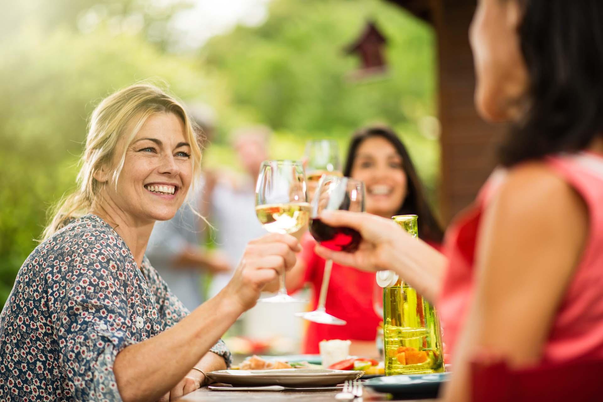 feestje thuis organiseren catering uitbesteden verjaardag BBQ borrel buffet